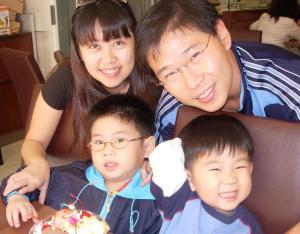Joanna Foo Family Pic